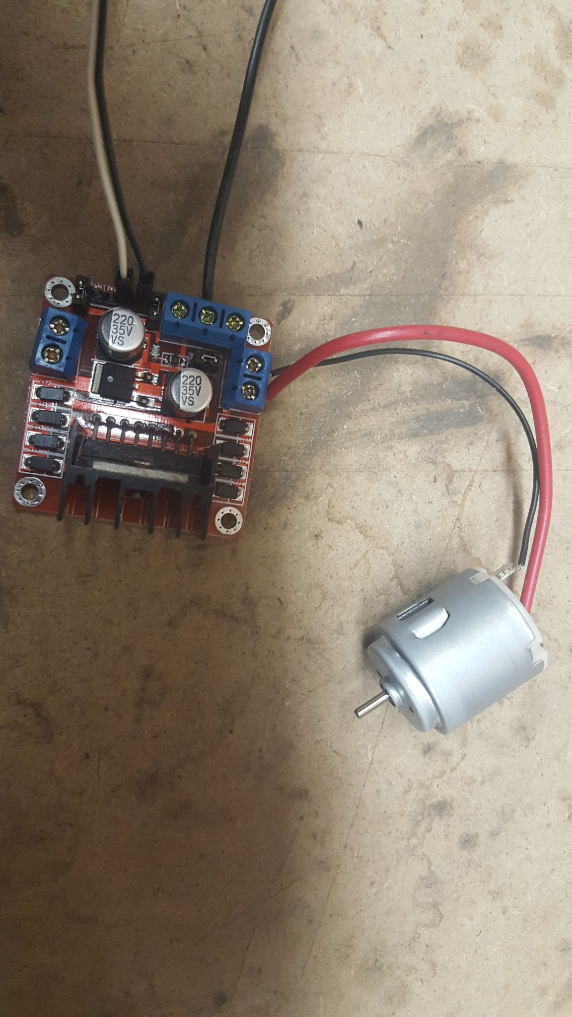 Driving a DC Motor with Raspberry Pi and Dual H Bridge L298N