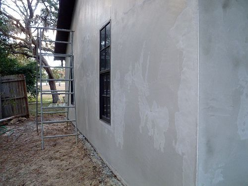 How To Paint Exterior Stucco Some Helpful Tips Stucco Walls