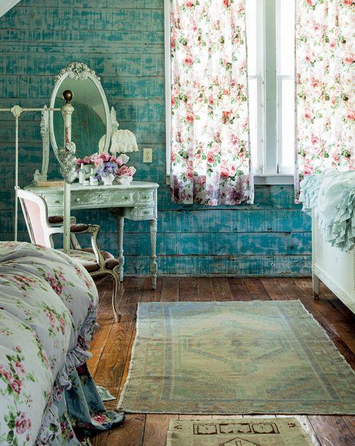 Prairie Shabby Chic Bedroom