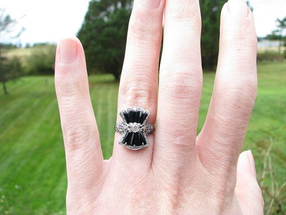 Art Deco 14K Gold Onyx and Diamond Filigree Ring - Wonderfully Detailed - Lovely Condition on Etsy, $358.00