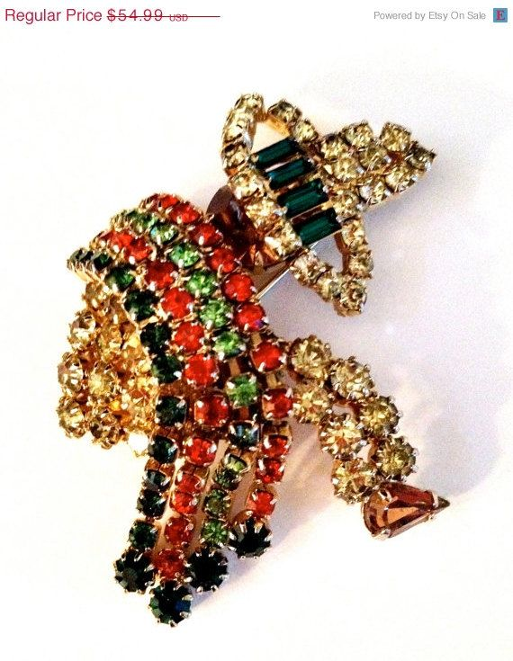 Unsigned Hobe Rhinestone Brooch  Siesta Time by Vintageimagine