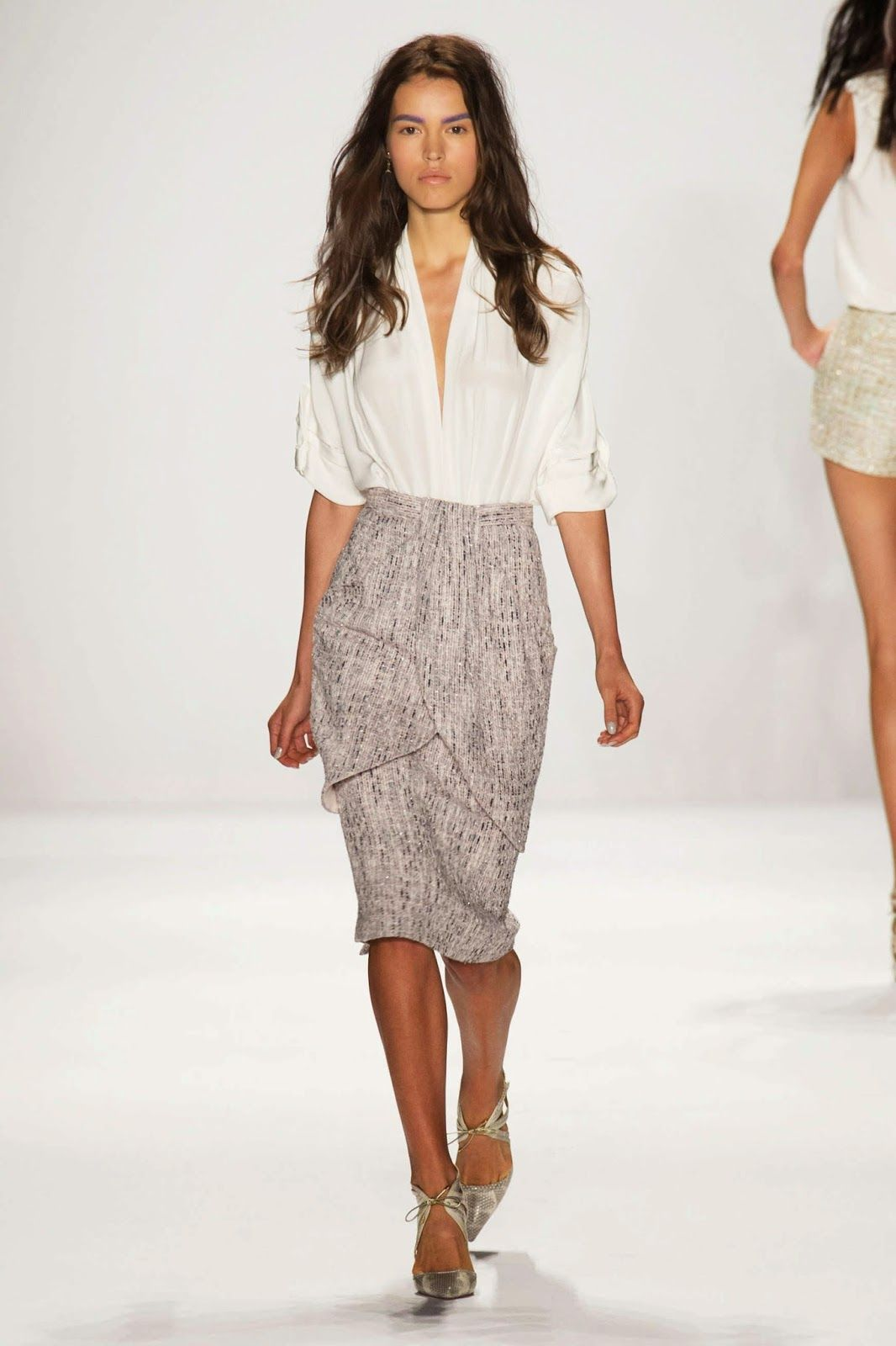 dbcb5984b The OAK: #NYFW:Badgley Mischka, Tweed pencil skirt and deep v-neck blouse.  Modest.