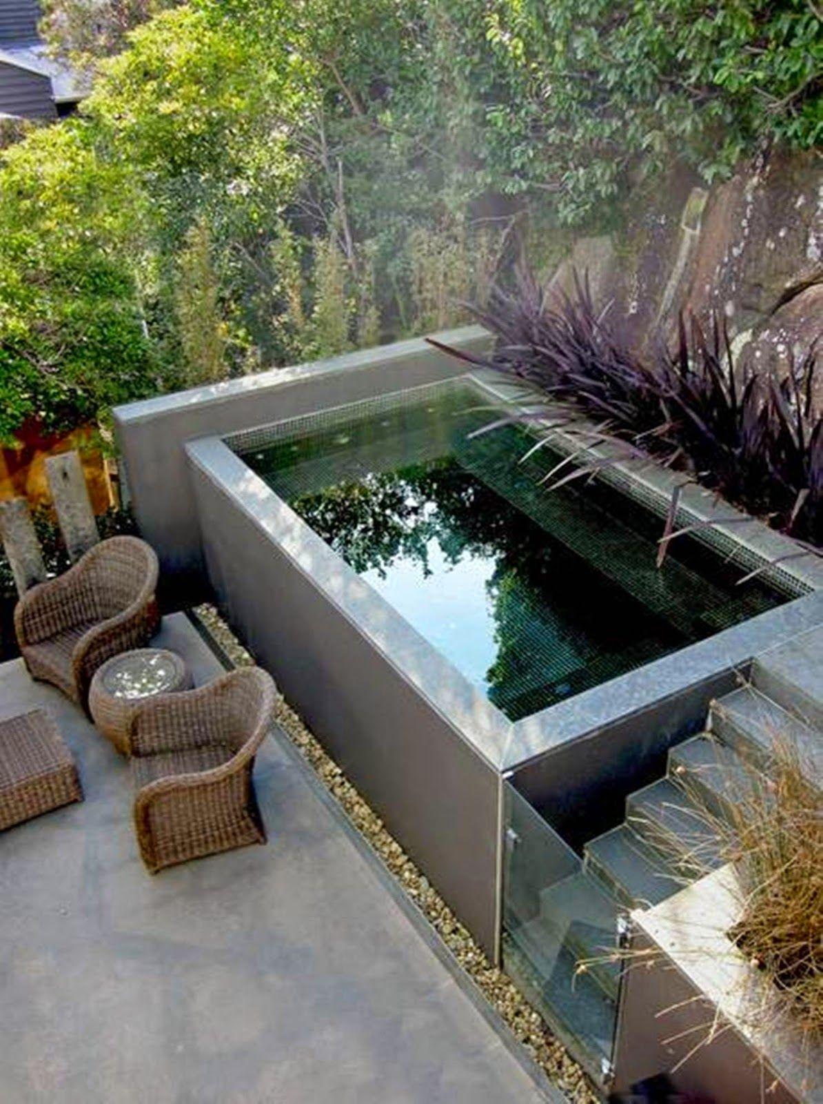 Quintais pequenos: Lazer para todas as idades! | Plunge pool and House