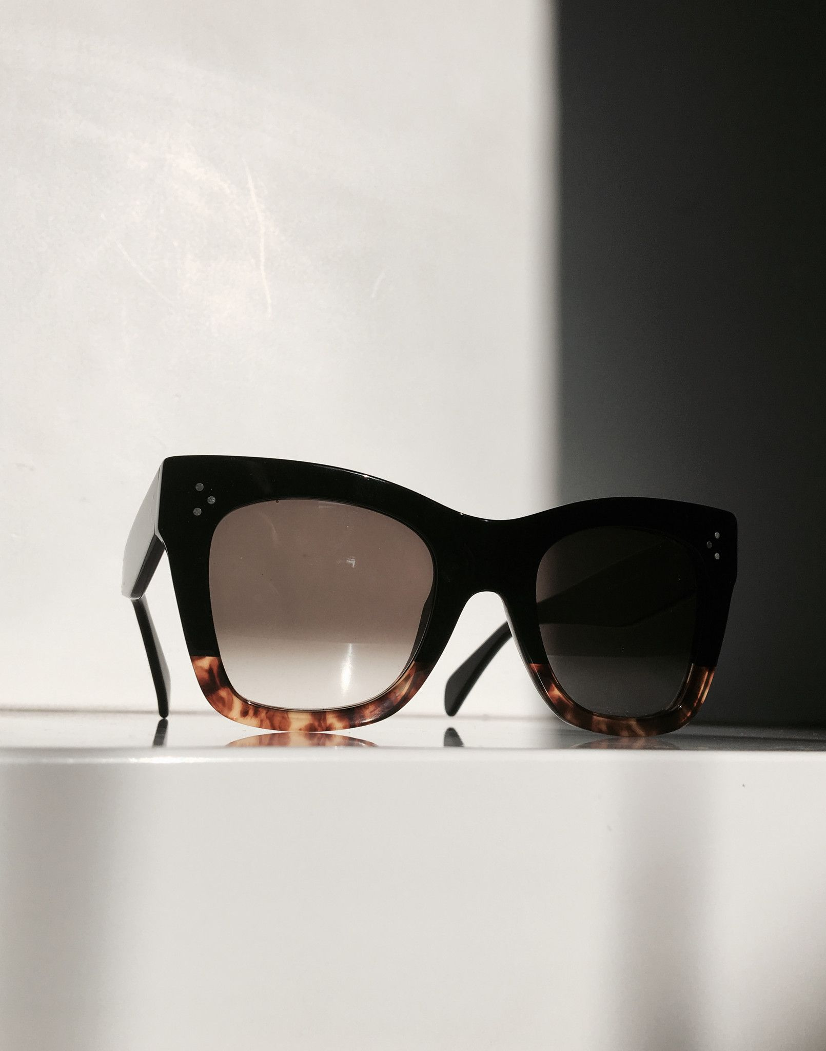 Sunglasses outlet  9 on   Fashion trends   Pinterest   Sunglasses ... e0818ad18c