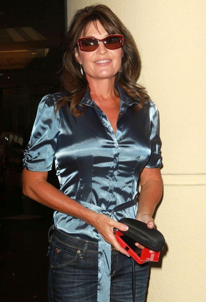 sarah palin blouse | Sarah Palin Rejoins Fox News as Contributor ...