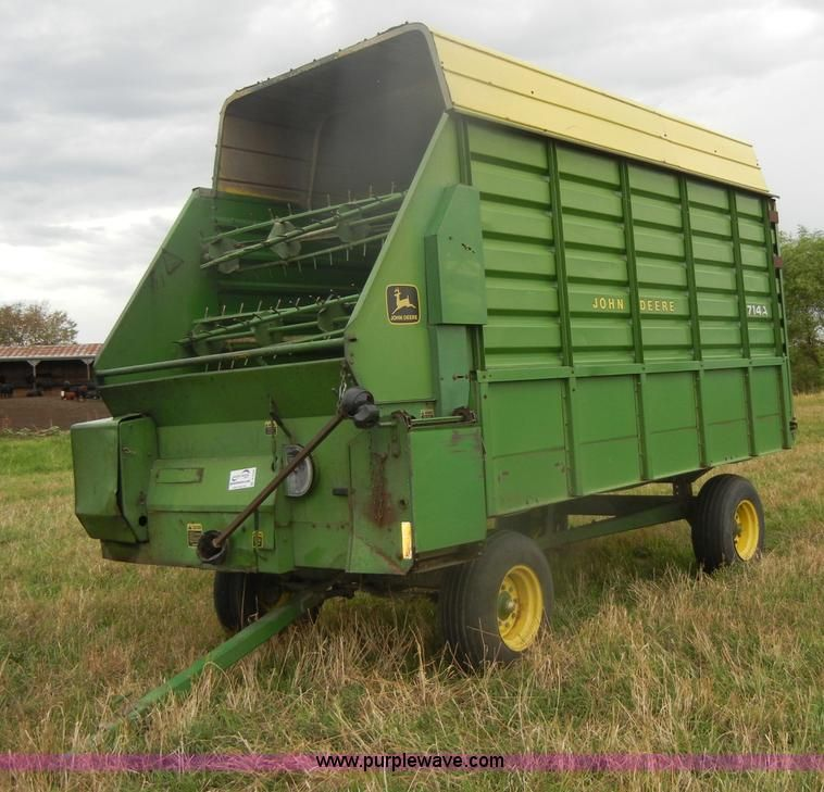 John Deere Wagons Flowered : John deere forage wagon pinterest