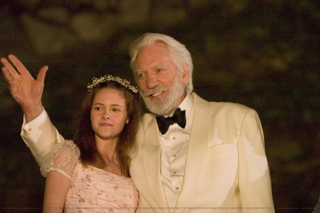 So pretty, so young. Kristen Stewart and Donald Sutherland.