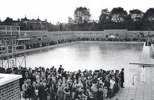 Pin By Tara Kingsley On Parliament Hill Fields Lido Cafe Pinterest Fields Outdoor Pool And