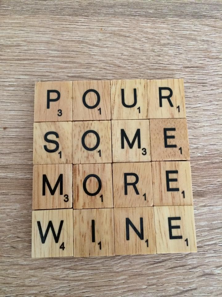 wine coaster more diy pinterest scrabble buchstaben buchstaben und deko. Black Bedroom Furniture Sets. Home Design Ideas