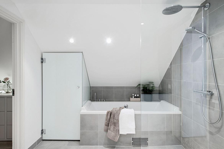 Badkar och dusch. Terrassgatan 13 - Bjurfors | Hem | Pinterest ...