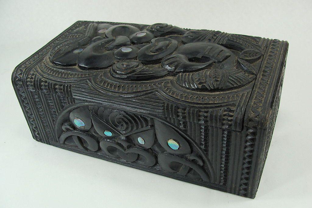 Maori carved ornate vintage box new zealand oceanic art