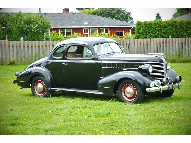1938 Pontiac Business Coupe Pontiac Vintage Cars Automobile Cars