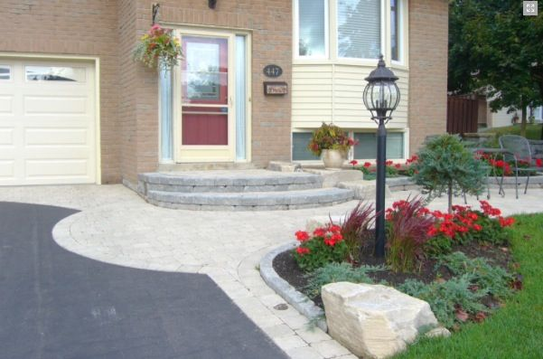 Lamppost boulder | Landscaping entrance, Backyard plan