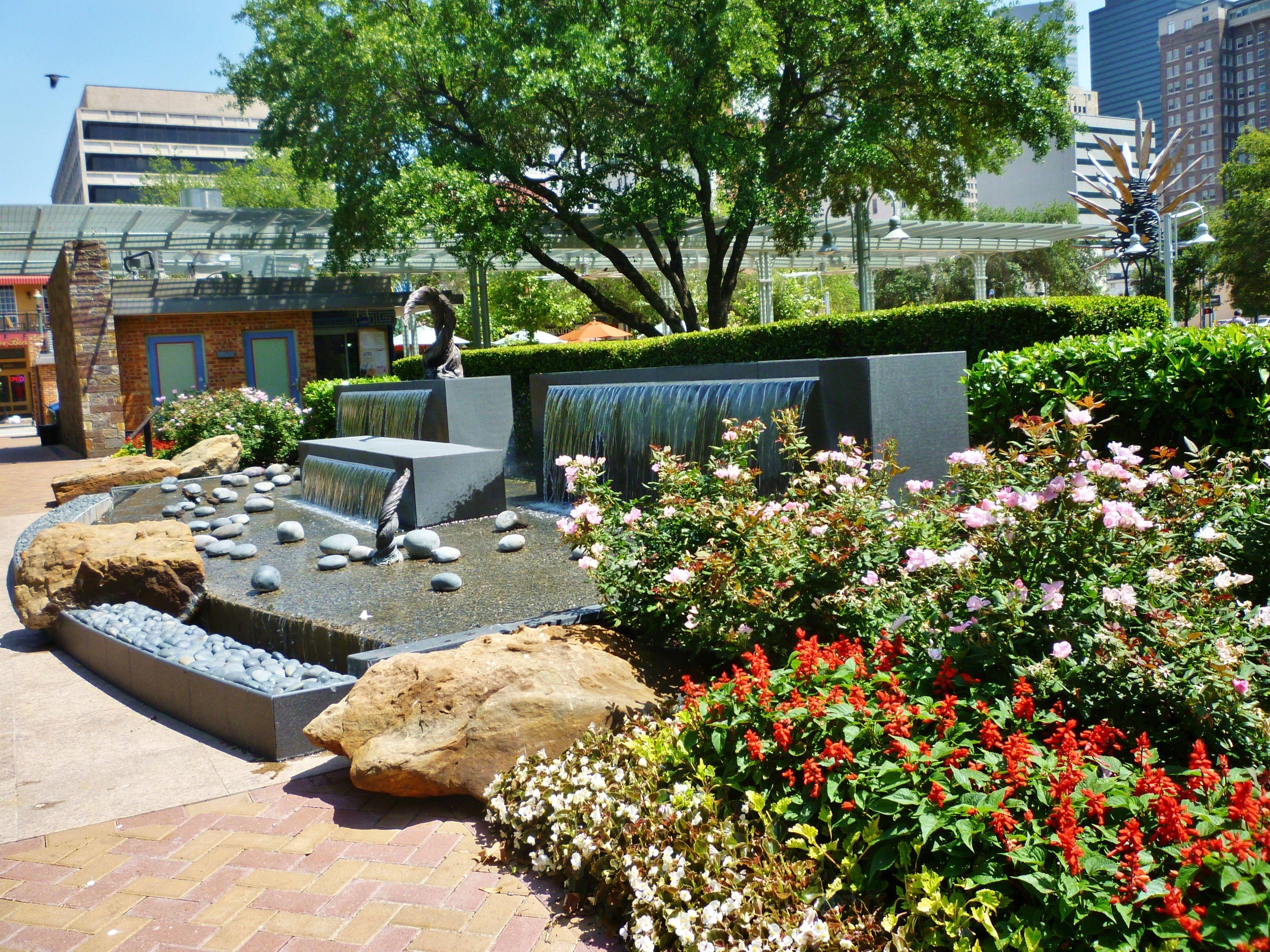 Lauren's Garden in Market Square Park of Houston in 2020 ...