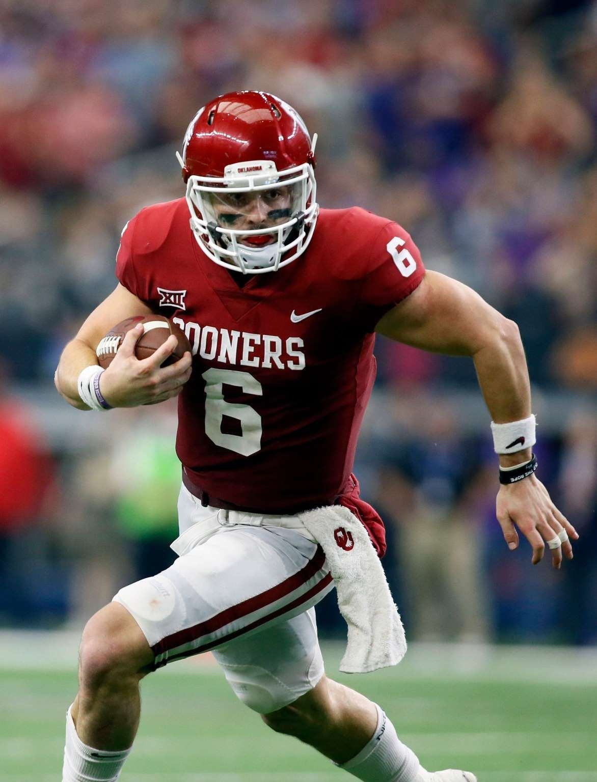8748f96bc82 6. Jets — Baker Mayfield, QB, Oklahoma: Even if 38-year-old Josh McCown  gets an encore after an admi... - Tim Heitman, USA TODAY Sports