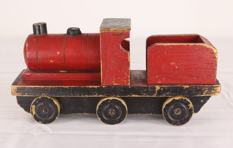Old Toy Trains : Collection of three vintage wooden toys toy