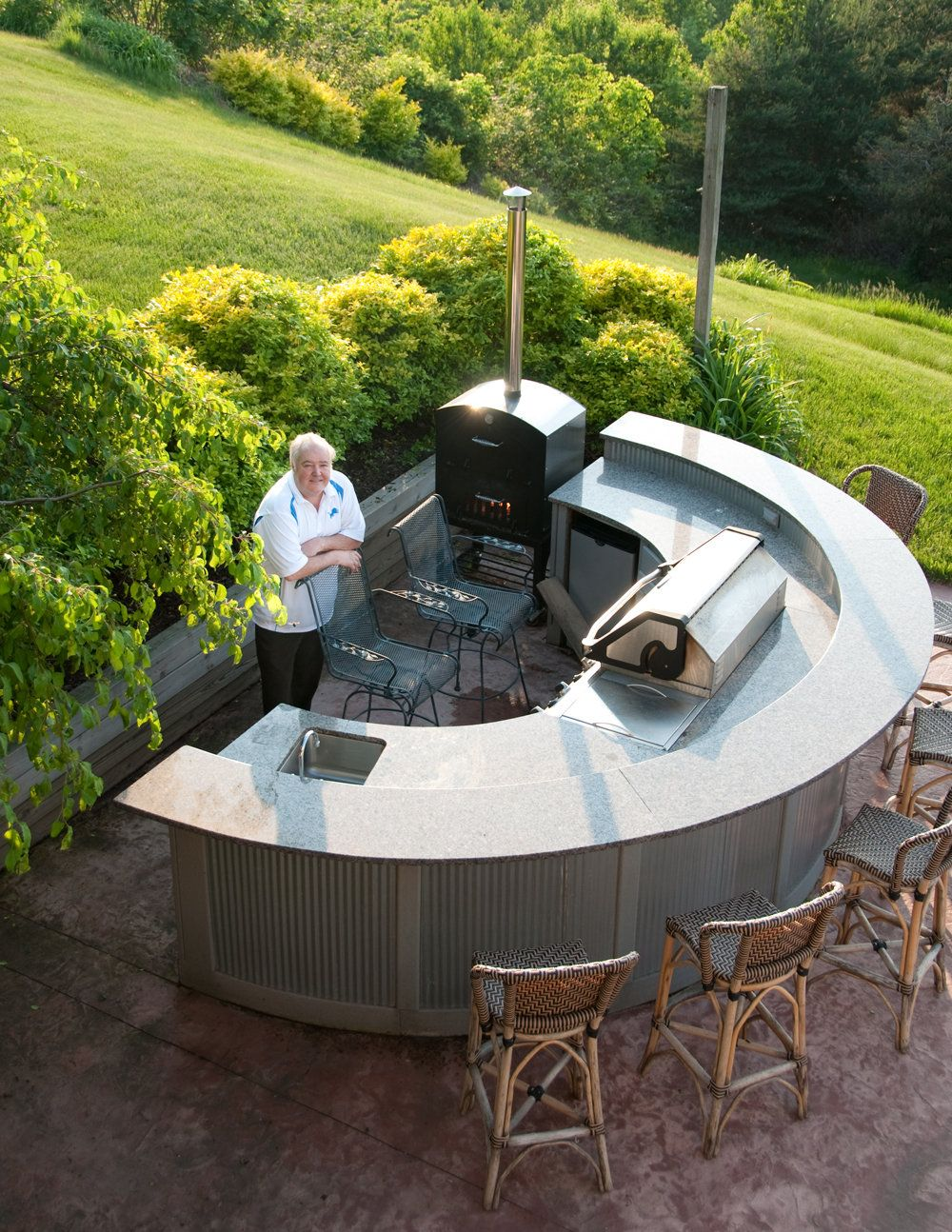 Diy Round Kitchen Island Ideas outdoor kitchens a growing trend | curved kitchen island, sinks