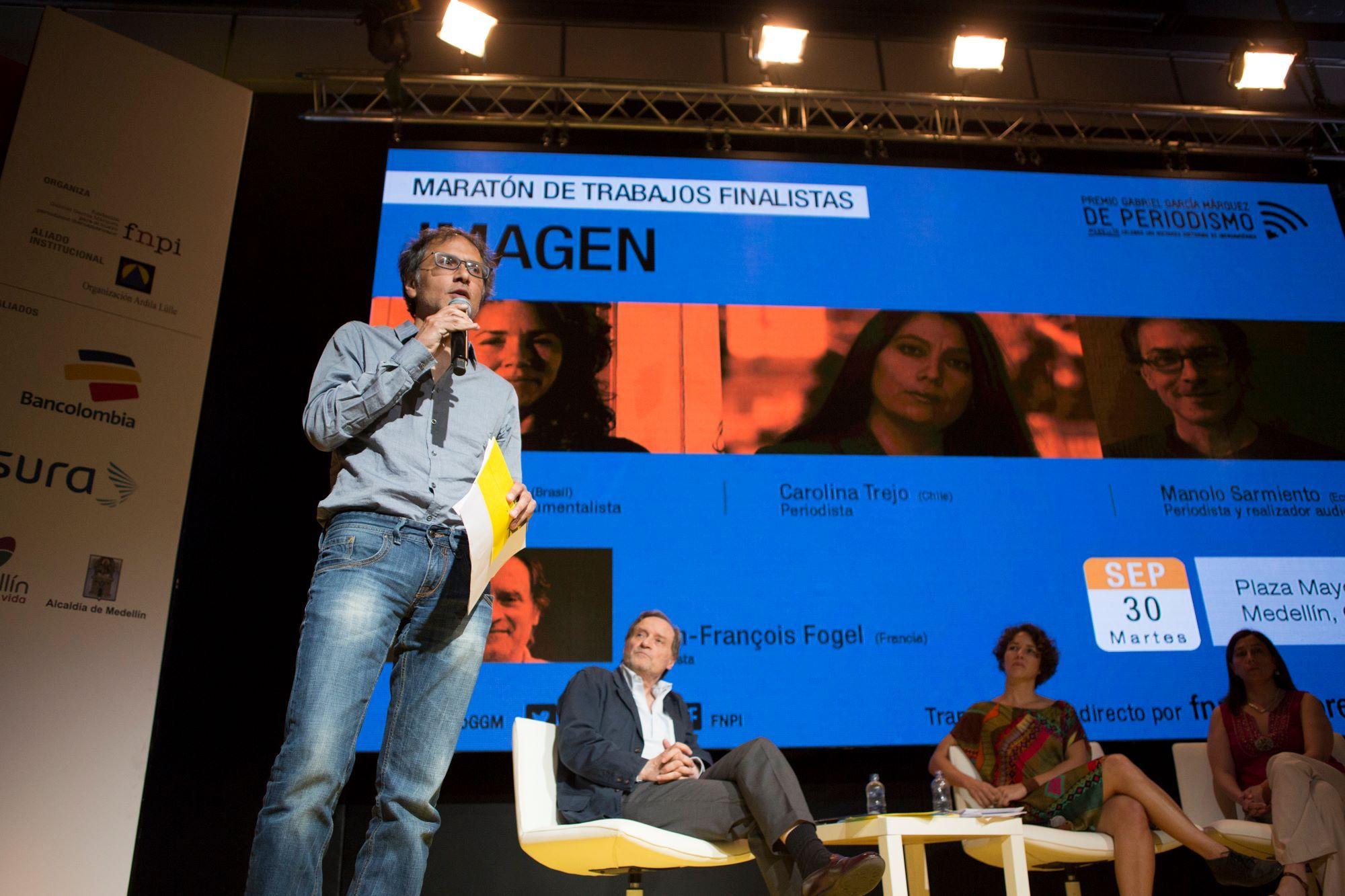 De la avalancha a la unión: historias para rescatar el uso de la imagen  Los tres finalistas de la categoría Imagen del #PremioGGM compartieron una conversación con el maestro Jean-François Fogel. En una maratón de sensaciones destejieron historias que estaban encerradas.   http://www.fnpi.org/premioggm/2014/09/de-la-avalancha-a-la-union-historias-para-rescatar-el-uso-de-la-imagen/