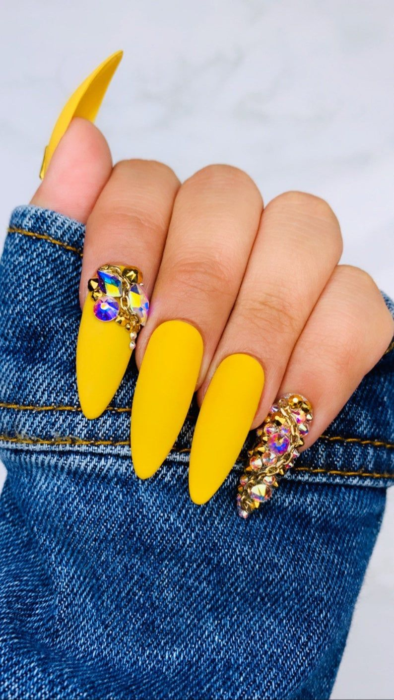 Mustard Yellow Nails | Swarovski Nails | Gold Nails | Chain Nails | Yellow  Nails | Custom Nails |