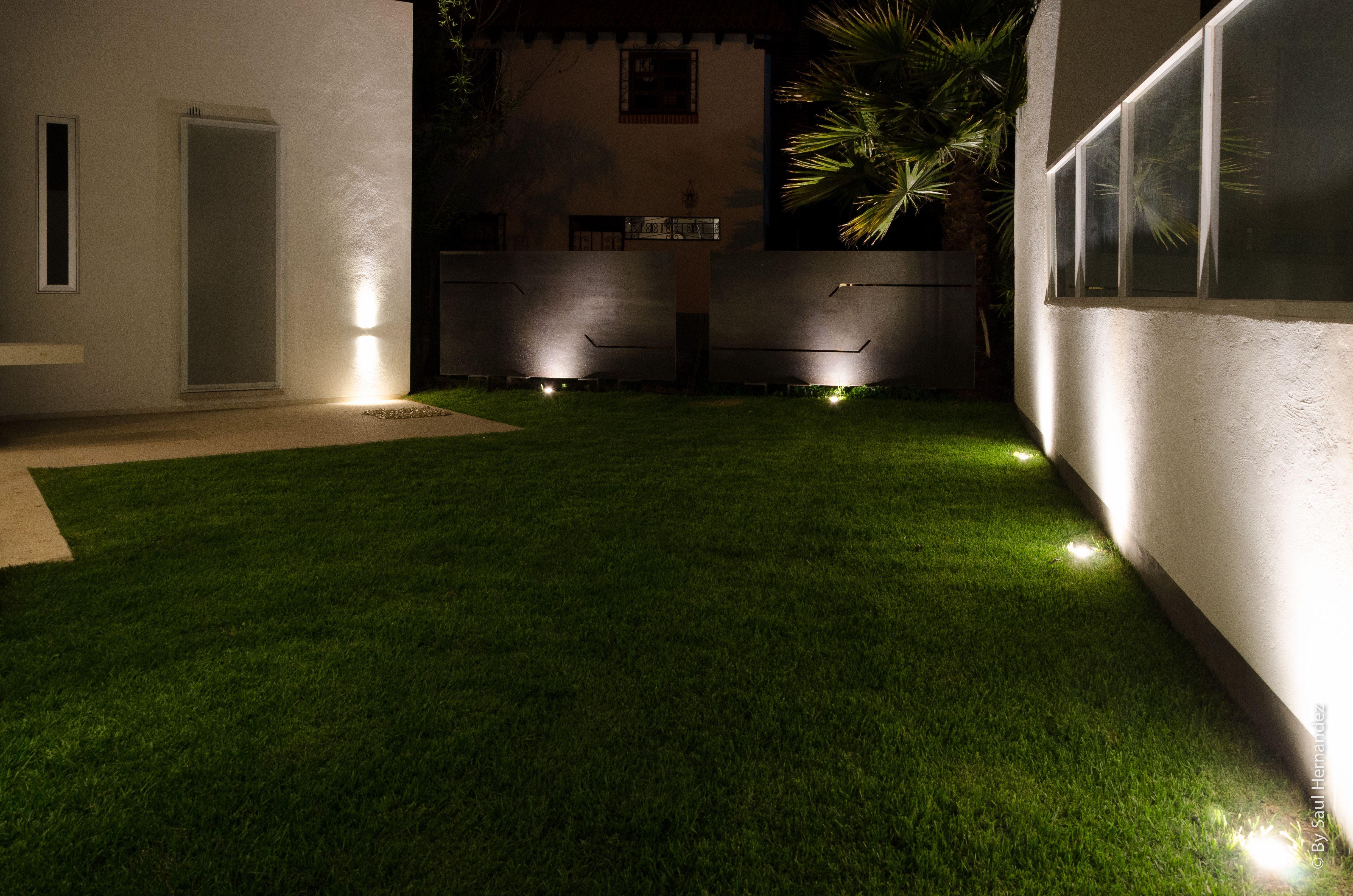 Iluminacion jardin iluminacin de jardines ideas para - Iluminacion led exterior jardin ...