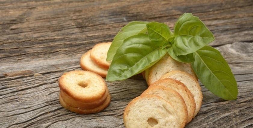 طريقة عمل بيك رولز في البيت هن Honna كتب هن 04 32 ص الجمعة 28 فبراير 2020 الأخبار المتعلقة البيك رولز أو شرائح الخبز المنكهة م Food Desserts Fruit