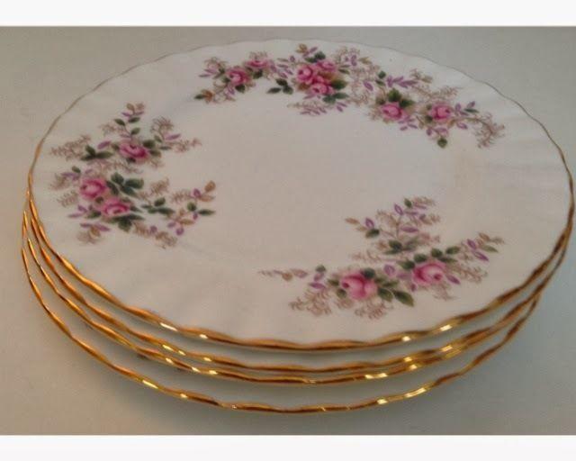 Royal Albert Servies Lavender Rose.1961 Set Of 4 Royal Albert Lavender Rose 6 1 4 Plates In 2019