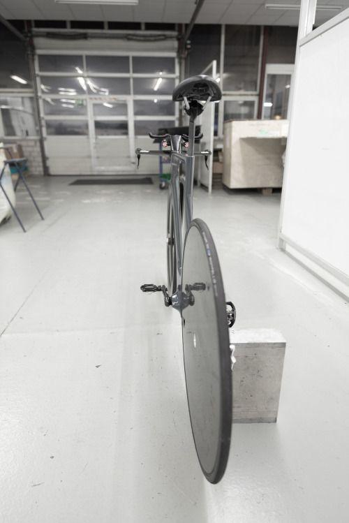 vonrafael:  Prototype of an Ueberbike.