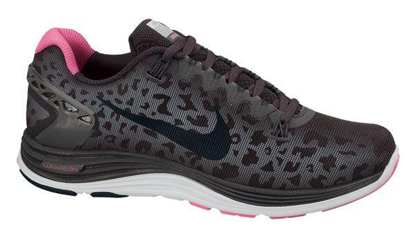 2ad0e576b8f5a Nike Lunarglide+ 5 Shield Dark Charcol Woman. Calzado mujer Zapatillas  running