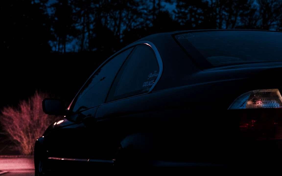 Download Wallpaper 3840x2400 Bmw Side View Car Night Dark 4k Ultra Hd 16 10 Hd Background Free Wallpaper Car Night Sports Car Wallpaper Wallpaper Dark