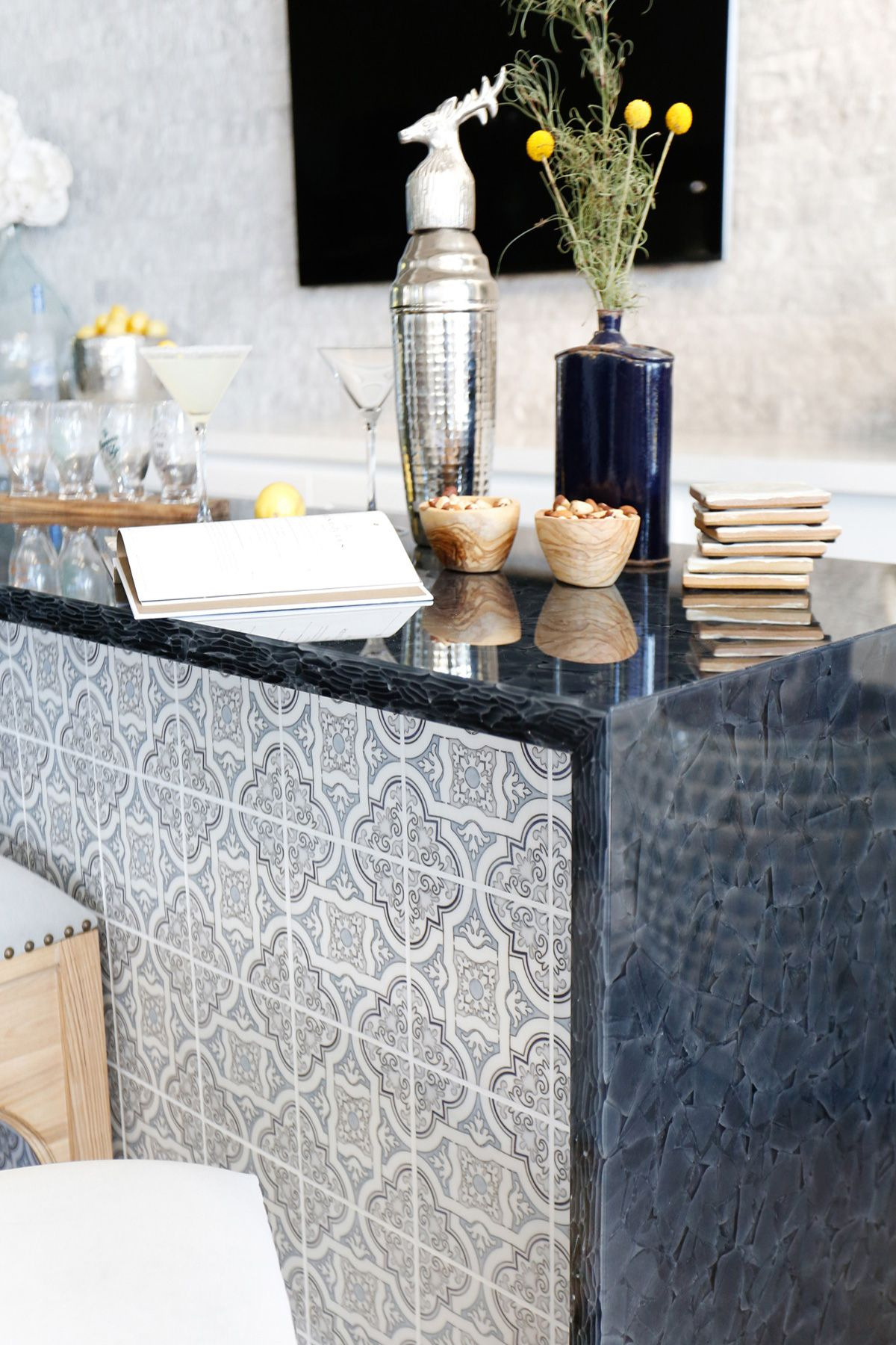 Project San Clemente | San clemente, Glass bar and Carrara marble