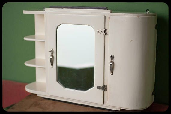 Medicijnkastje Met Spiegel : Vintage oude wc armoire medicijnkastje jaren kleine meubels