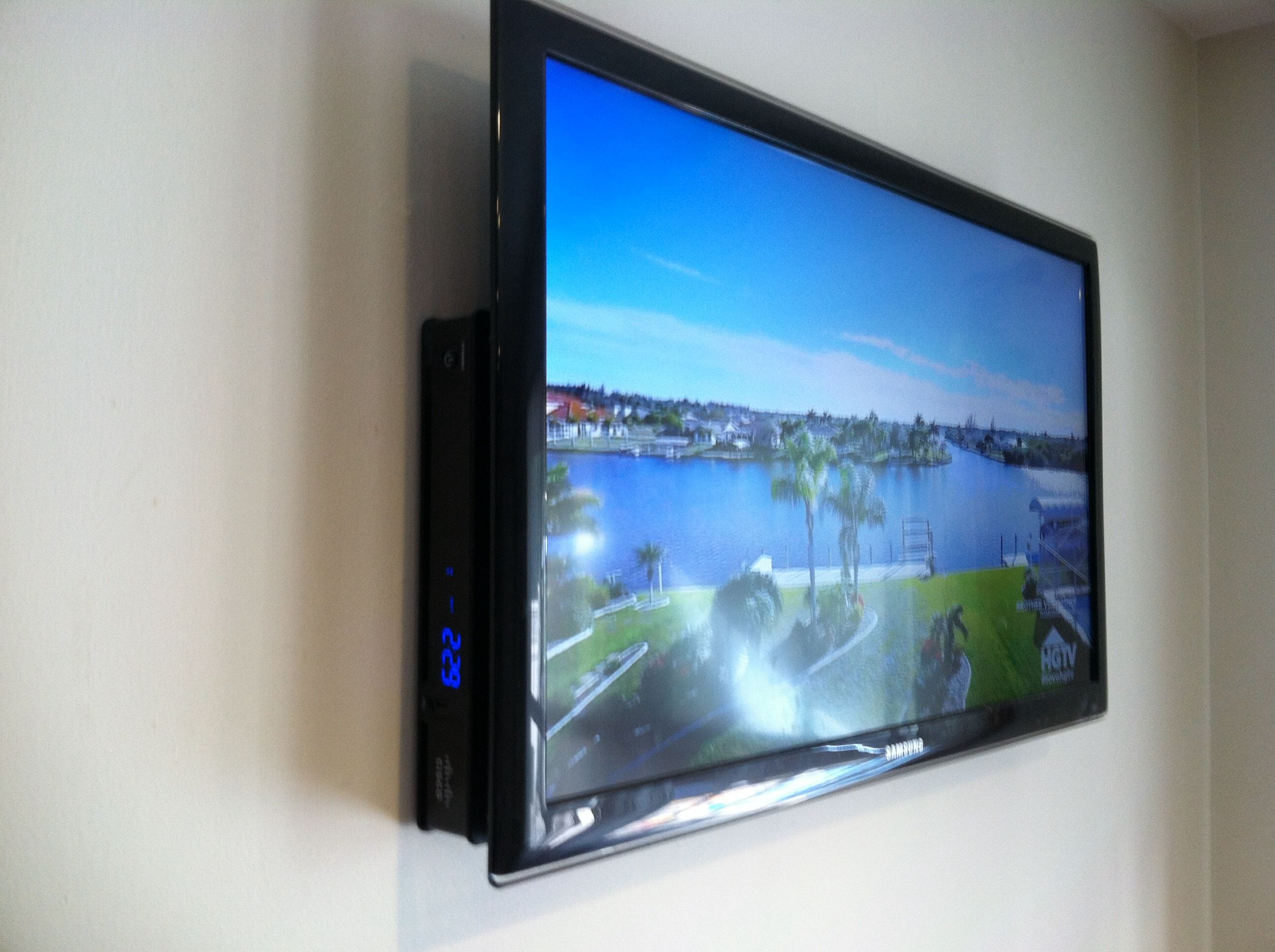 12 best TV Mounting and new ideas images on Pinterest | Tv mounting ...