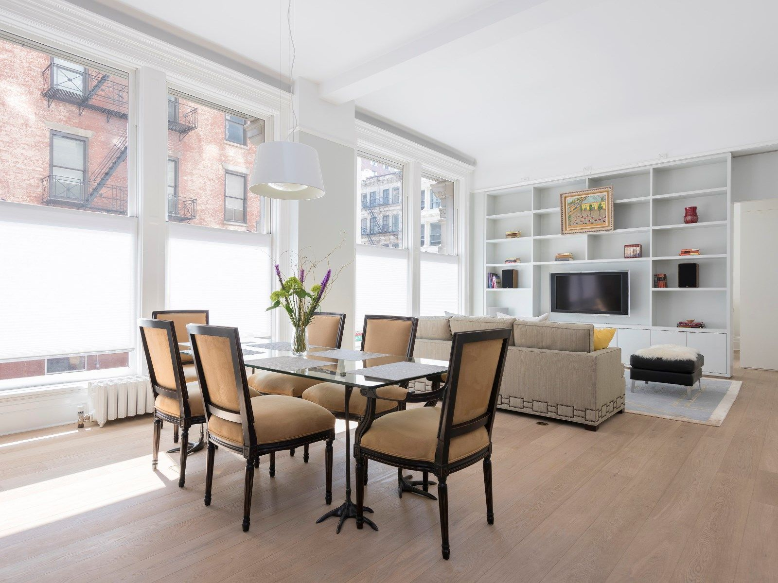 Manhattan Loft Guy In A Flood Of Data Where Can You Go For