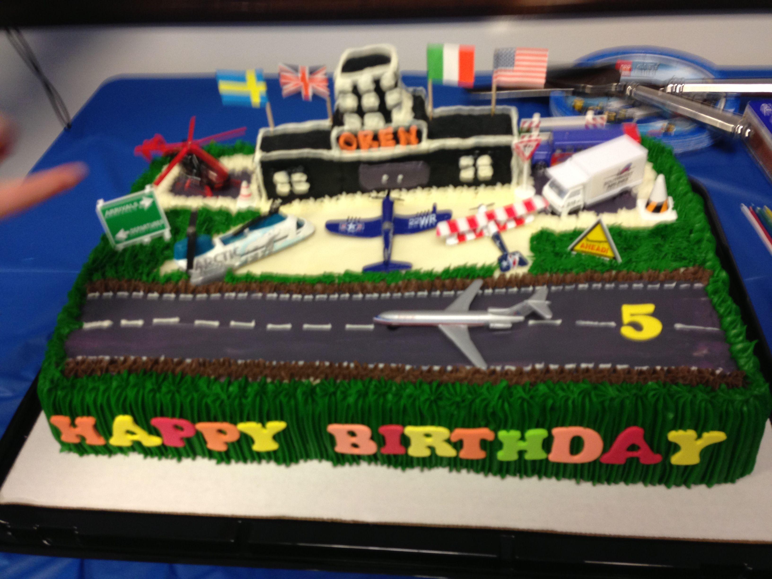 Airport Birthday Cake By Rosanas Cakes Birthday Cake Pinterest