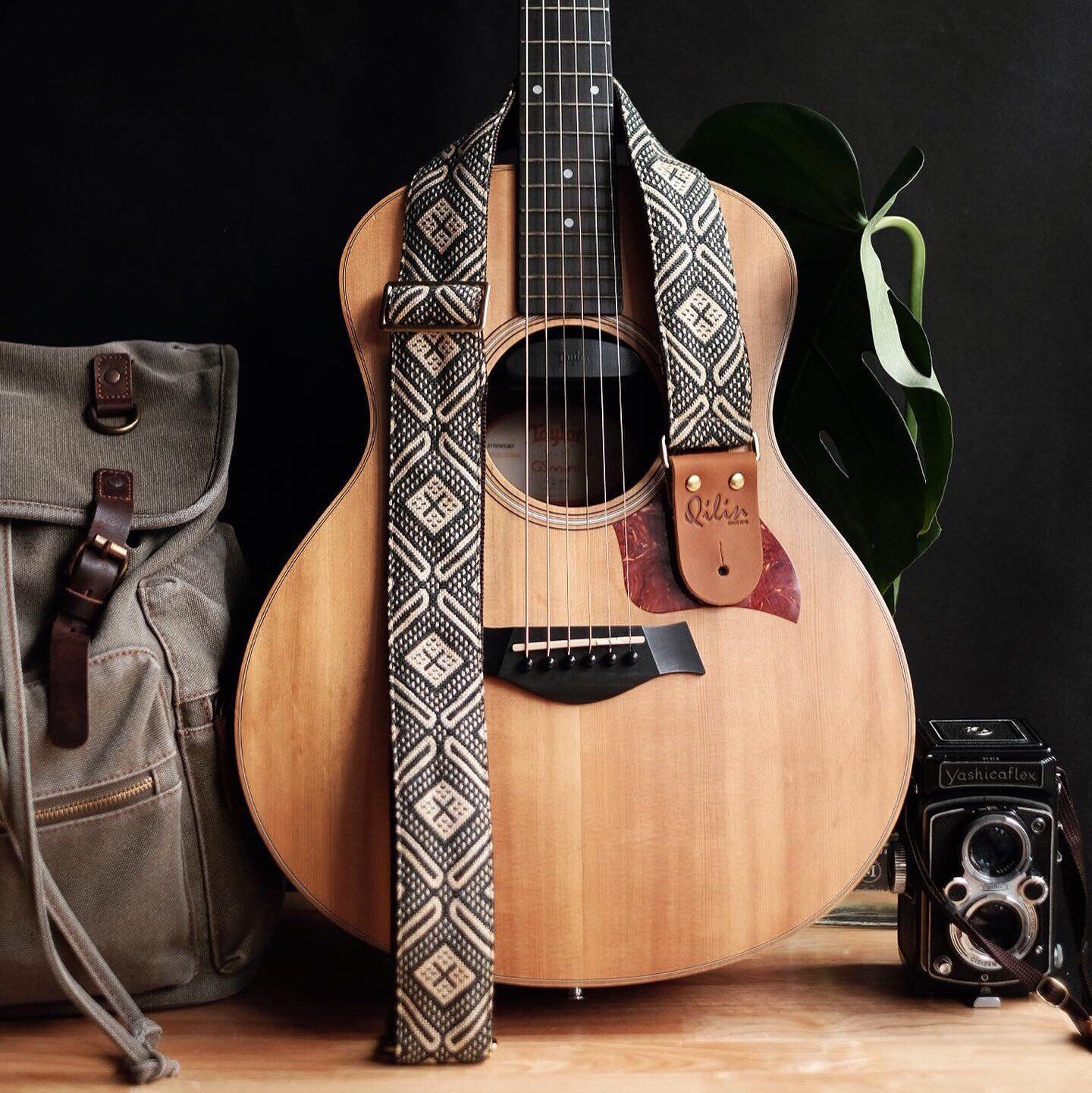 Olive Triangle Woven O Guitar Strap Etsy Guitar Strap Guitar Learn Guitar
