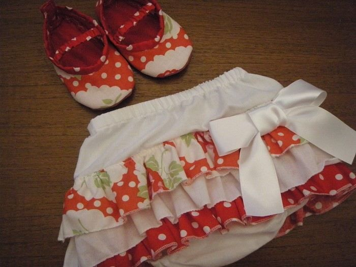 ruffle nappy cover with shoes