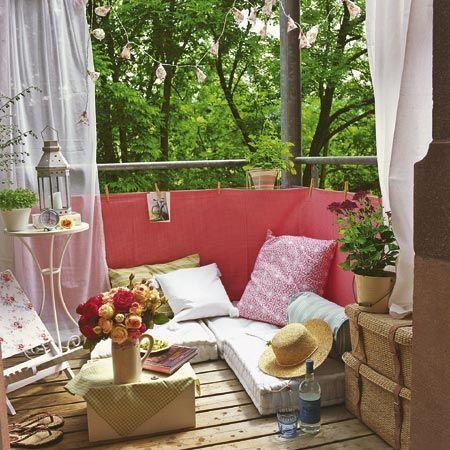 balkon ideen mit sichtschutz und sitzkissen | balkon/ pflanzen, Gartenarbeit ideen