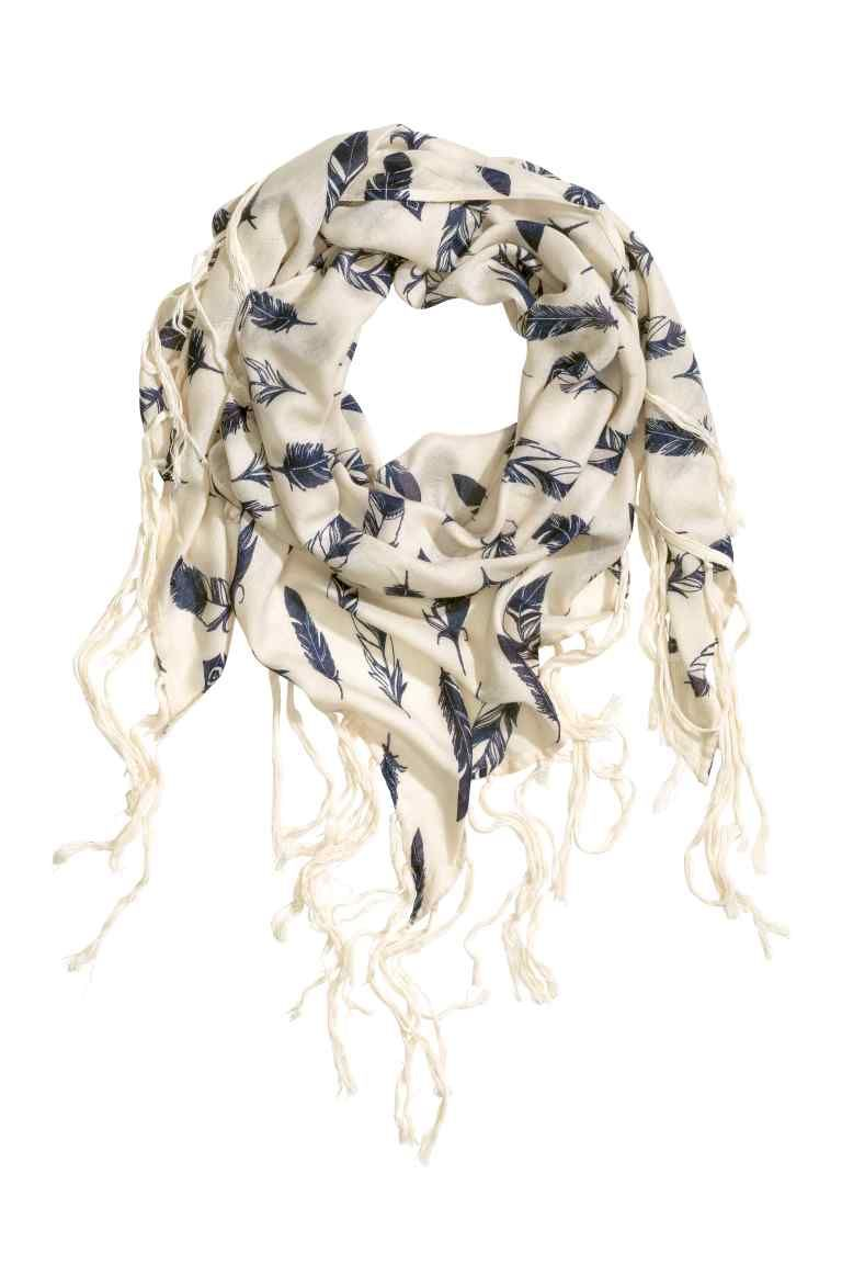 0bb910d652 Patterned scarf