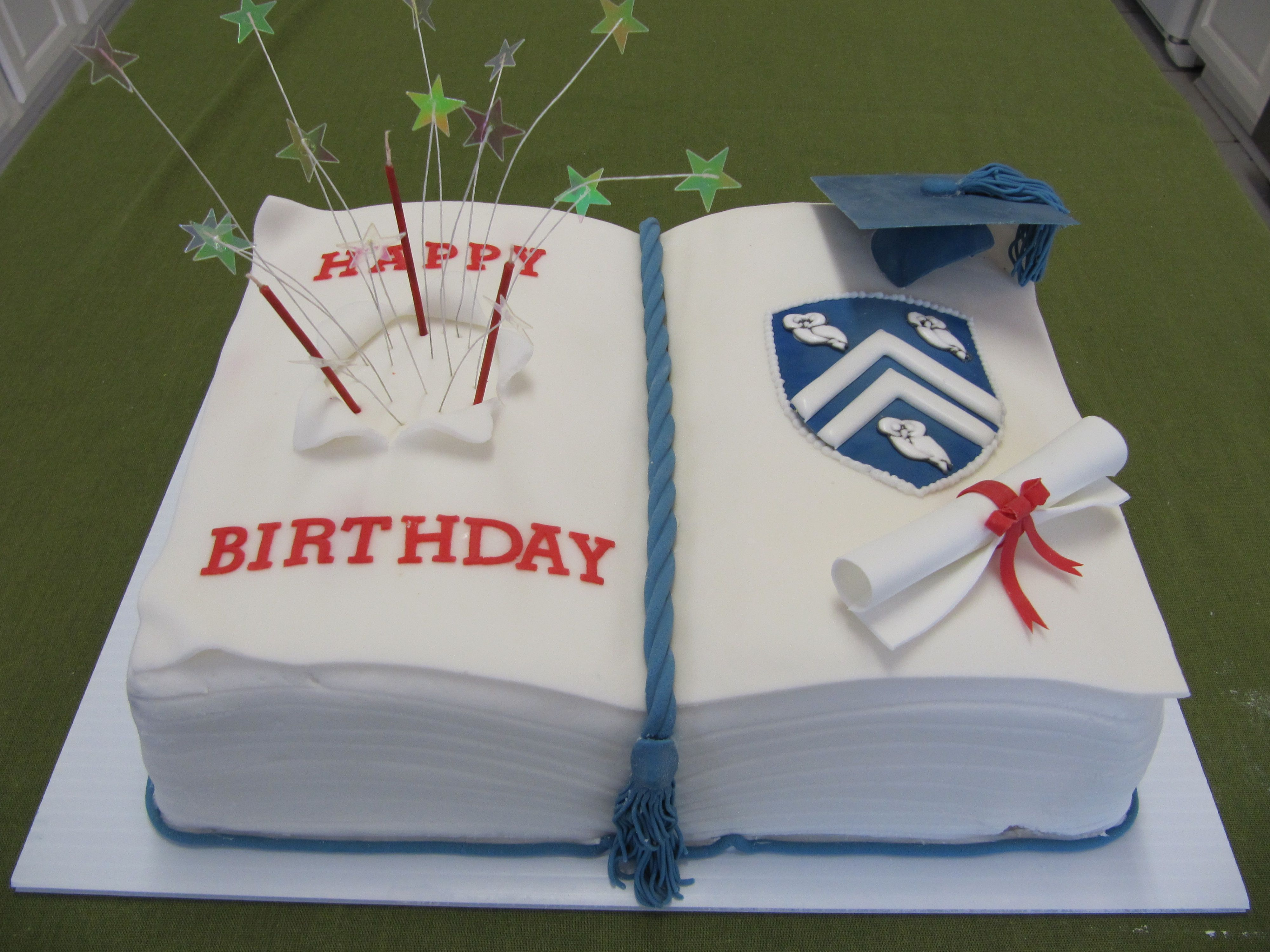 Fine Combo Graduation Birthday Cake Met Afbeeldingen Cake School Personalised Birthday Cards Akebfashionlily Jamesorg