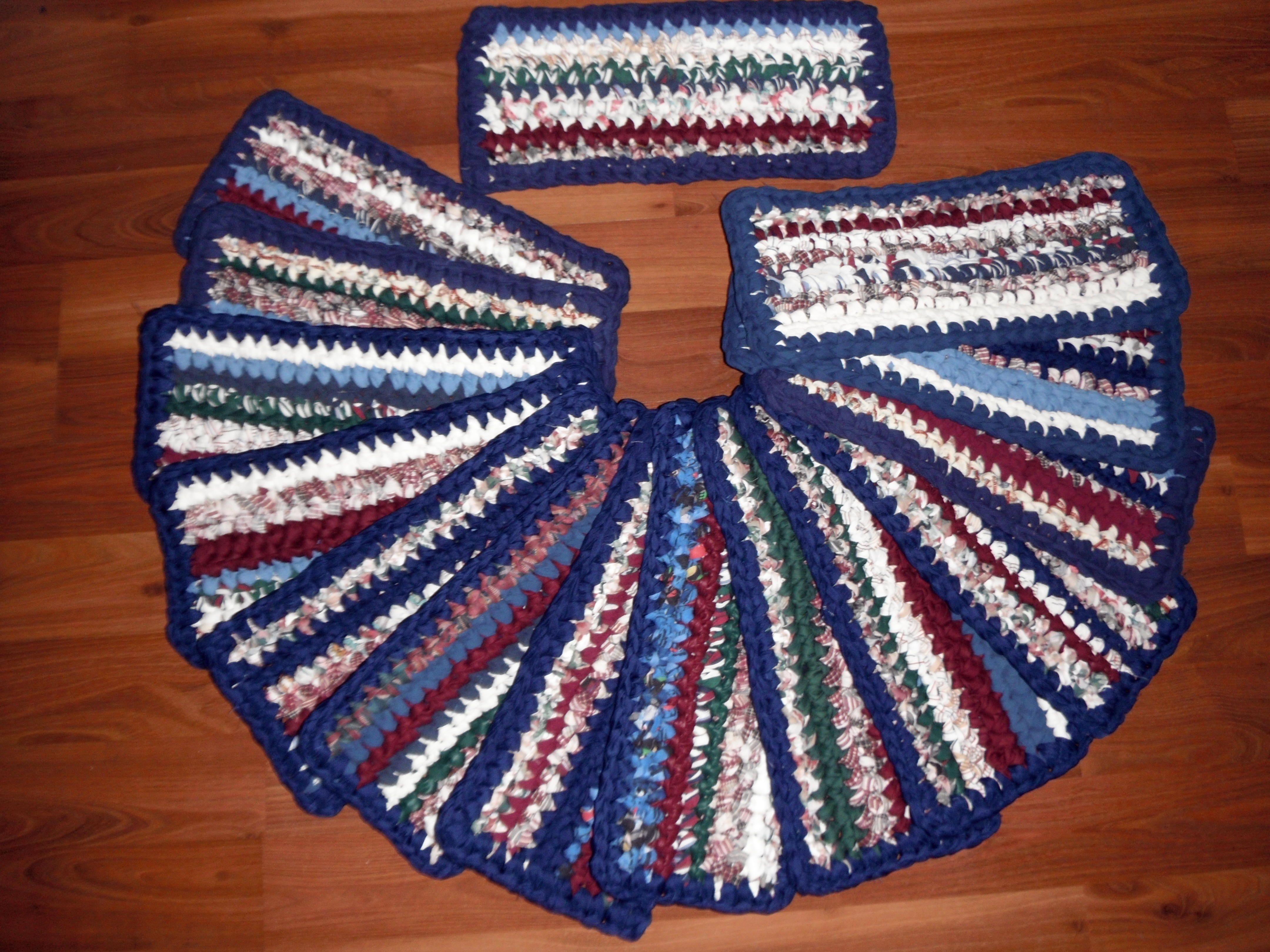 Best Crocheted Rag Stair Tread Rugs Country Rustic Handmade 400 x 300