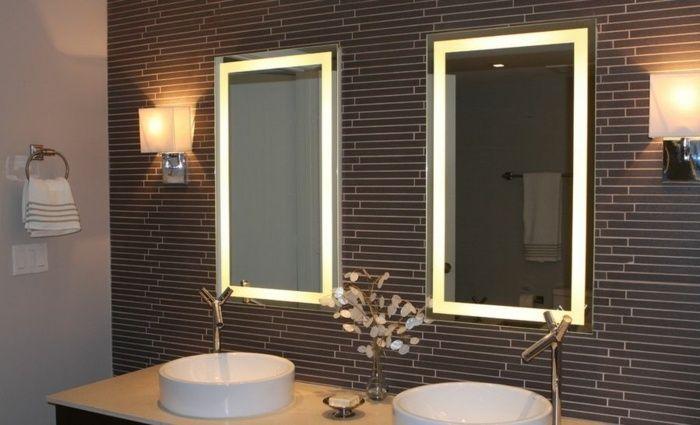 Individuell gestaltete Badspiegel mit Beleuchtung Bath