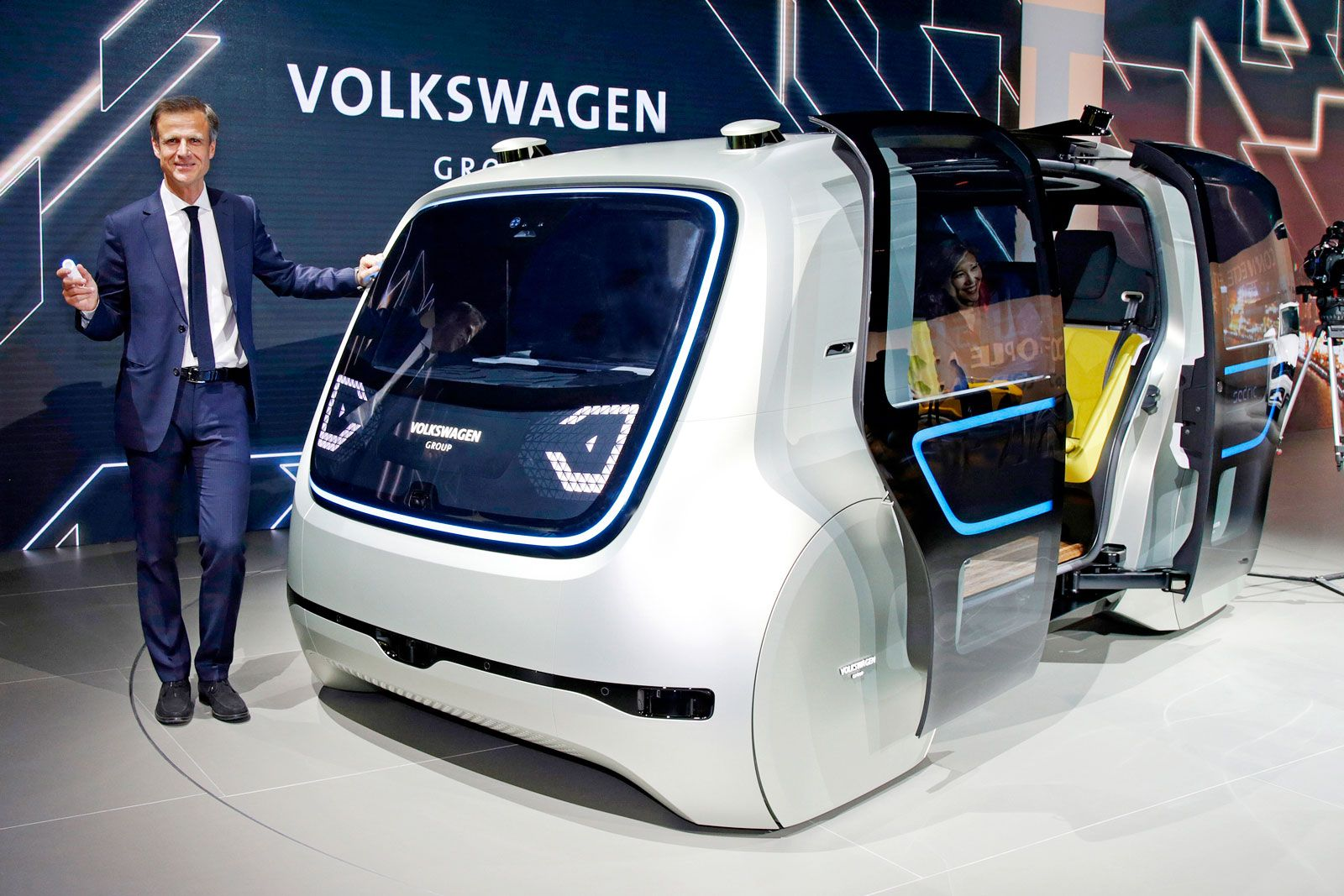 Volkswagen shows off its vision for a driverless future | Volkswagen