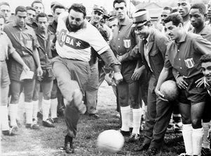 Fidel Castro - camisola retro da seleção de Cuba. Havana, 1960.