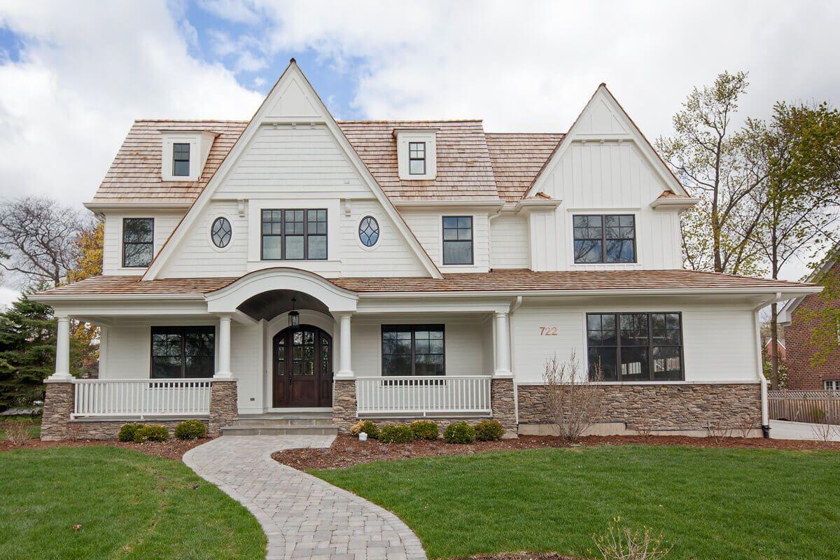 Premium Cedar Shingles Roof Decorating In 2019 Cedar Roof Cedar Shingle Siding White Siding