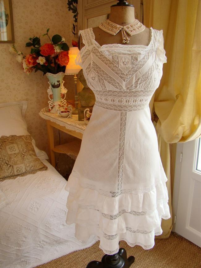romantique combinaison de jour broderie blanche et dentelle valenciennes 1900 mode 1900. Black Bedroom Furniture Sets. Home Design Ideas