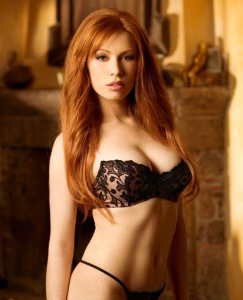 cute-red-head-girl-in-panties