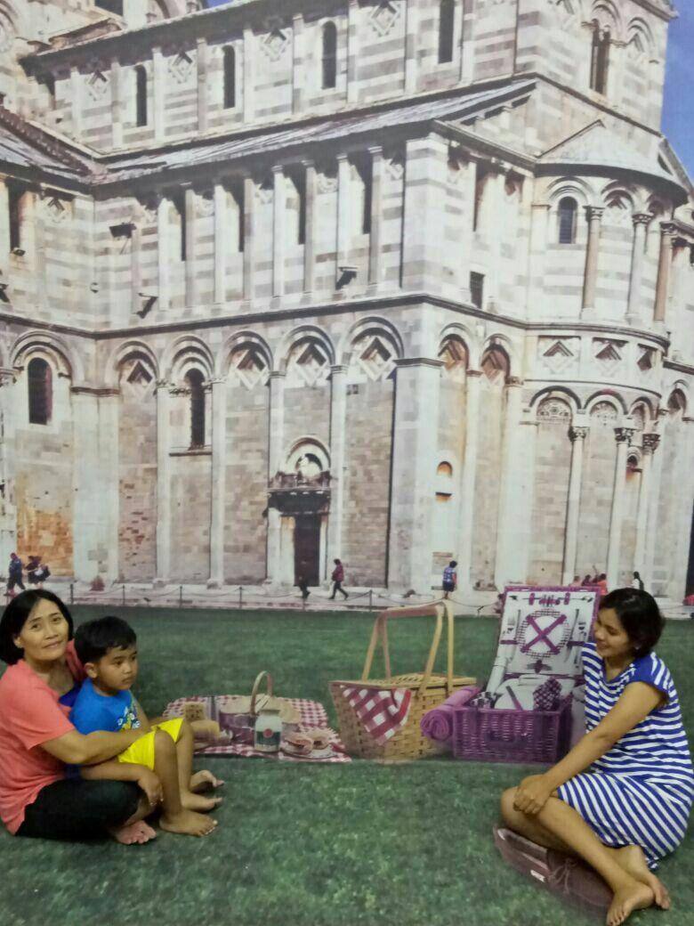 {title} (Dengan gambar) Foto keluarga