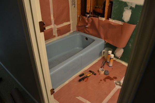 Bathtub Reglazing {Mandyu0027s Blue Bathtub Is Now White
