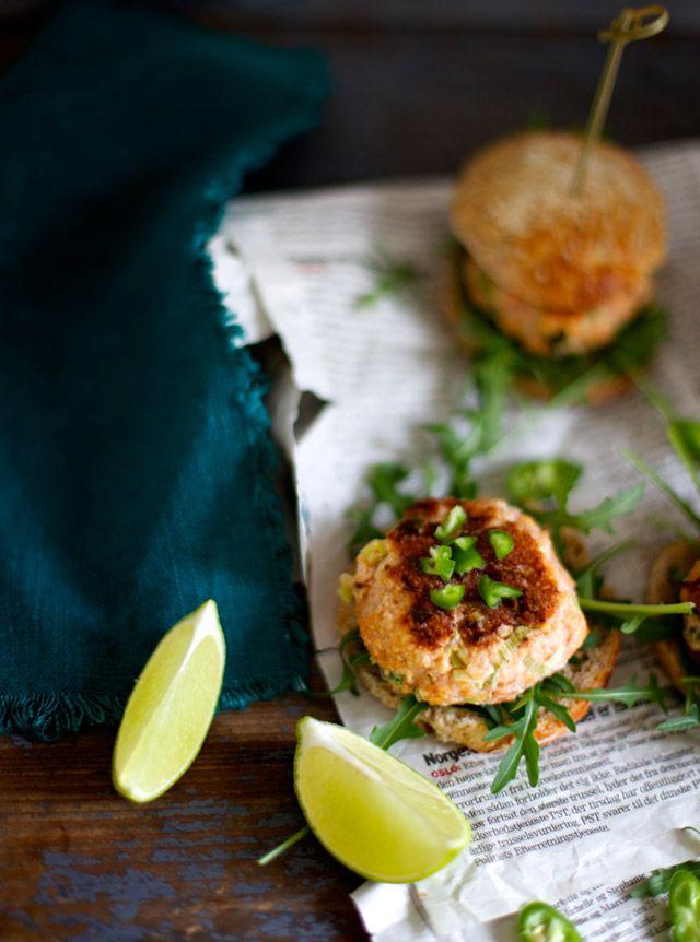 laksesliders med lime  by the food club / ditte ingemann
