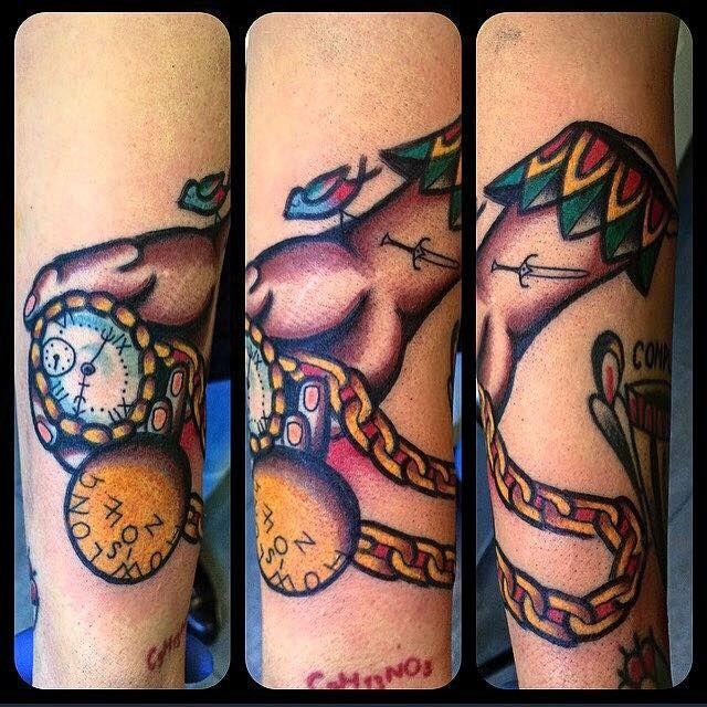 Tattoo Artist : Magic Corra!!! Wow! Great piece!  Tatuaggio traditional http://www.subliminaltattoo.it/prodotto.aspx?pid=08-TATTOO&cid=18  #subliminaltattoofamily   #corradocarnevali   #magiccorra   #tradizionale   #oldschooltattoo   #tattooartist   #tattoo   #tatuaggio